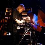 7-spectacle-jeune-public-Synths Cristal Bashet